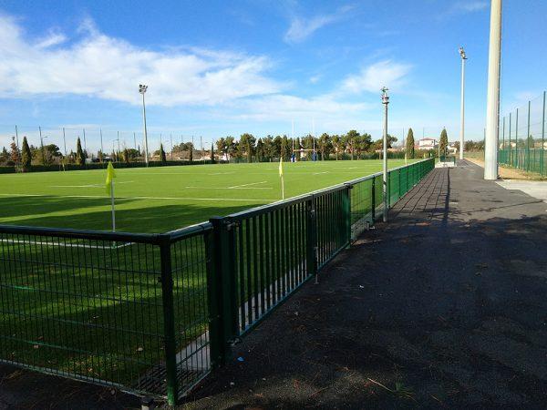 clôture terrain-de-sport